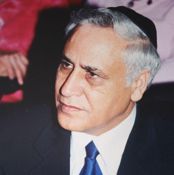 پرونده:Moshe Katsav, by Amir Gilad.JPG