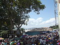 Multitud procesión divina pastora (afueras de la Basílica de Santa Rosa).jpg