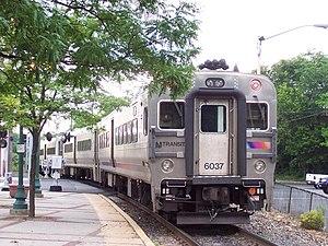 Spring Valley station (New York) - Image: NJ Transit Comet V 6037