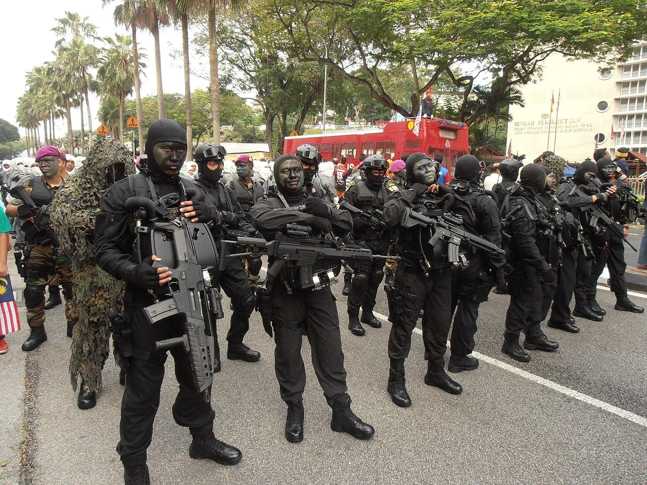 wallpaper polis diraja malaysia