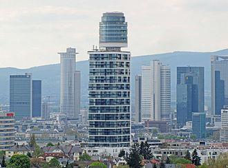 Henninger Turm - Image: Neuer henningerturm 2017 ffm 2934