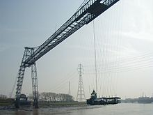 Newport Transporter Bridge 2002.jpg