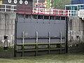 Nieuwe Leuvebrug - Rotterdam - Sluice gate southwestern (low angle).jpg