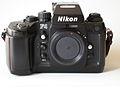 Nikon F4 mit Bodycap.jpg
