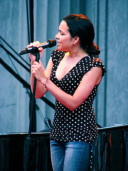 Norah Jones Berkeley.jpg