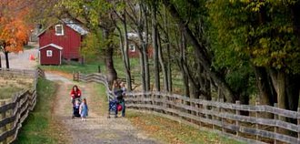 Oxon Cove Park and Oxon Hill Farm - Image: OXHI fall walk