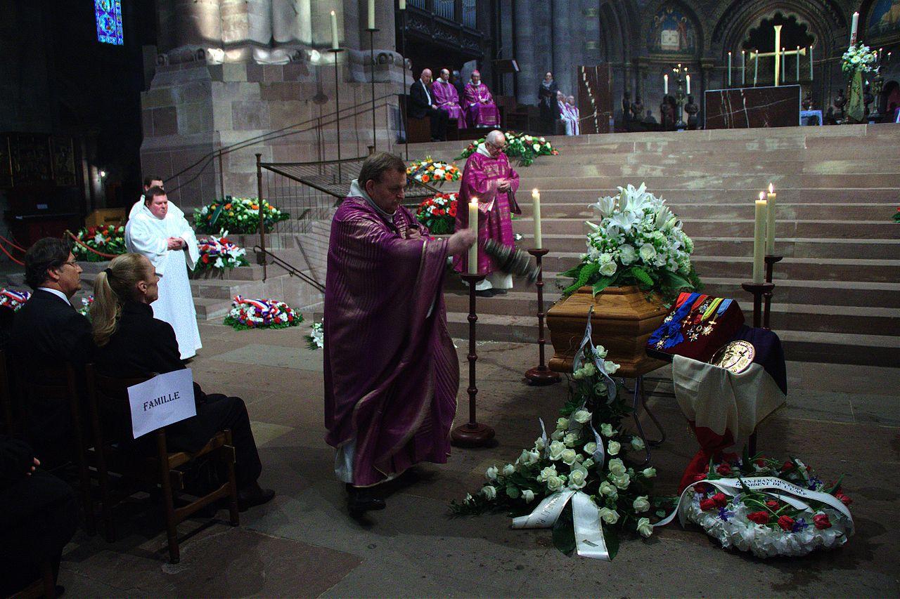 File:Obsèques d'André Bord cathédrale de Strasbourg 18 mai 2013 ...