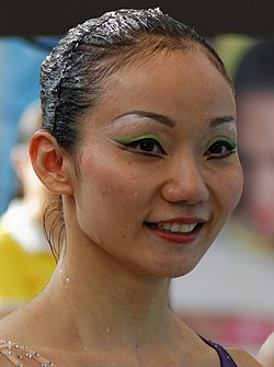 Open Make Up For Ever 2013 - Jiang Tingting - Jiang Wenwen - 22 (cropped) - Jiang Tingting.jpg