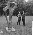 Opening beeldentuin Kroller Moller Museum Minister Cals en dr de Leeuw, Bestanddeelnr 912-5595.jpg