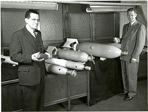 Harry Diamond (engineer) - Harry Diamond with examples of his proximity fuze