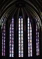 Orléans Cathédrale Sainte-Croix Innen Chorfenster 5.jpg