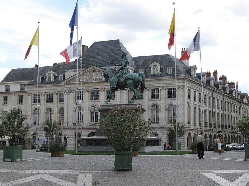 Place du Martroi, Orléans, Loiret, France