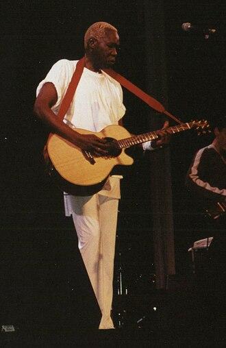 Geoffrey Oryema - Geoffrey Oryema during a concert in Mainz, Germany, 13 March 2001