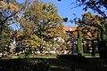Ozolmuiža, rudens. Ozolmuiza manor, autumn - panoramio.jpg