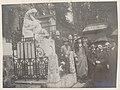 Pèlerinage sur la tombe de Chopin au Père-Lachaise 07.jpg