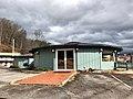 Paint Town Road, Cherokee, NC (45917153074).jpg