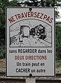 Panneau avertissement passage à niveau SNCF.jpg