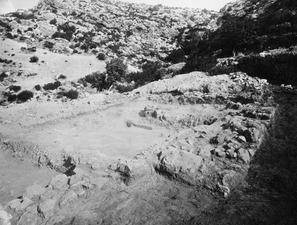 Paradisiotissa. Templet från nordväst. Vouni. Galini - SMVK - C02740.tif