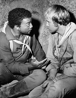 Paul Winfield Mark Slade High Chaparral 1969.JPG