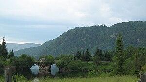 Mont-Tremblant National Park - Image: Paysage lac Monroe