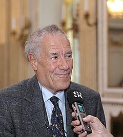 Per Wästberg på Det Svenske Akademi ved kundgørelsen af Nobelprisen i litteratur 2011.