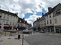 Petite Place Carnot, Beaune (35510295462).jpg