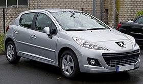 Peugeot 207 75 Forever (Facelift) – Frontansicht, 5. Mai 2012, Ratingen (cropped).jpg