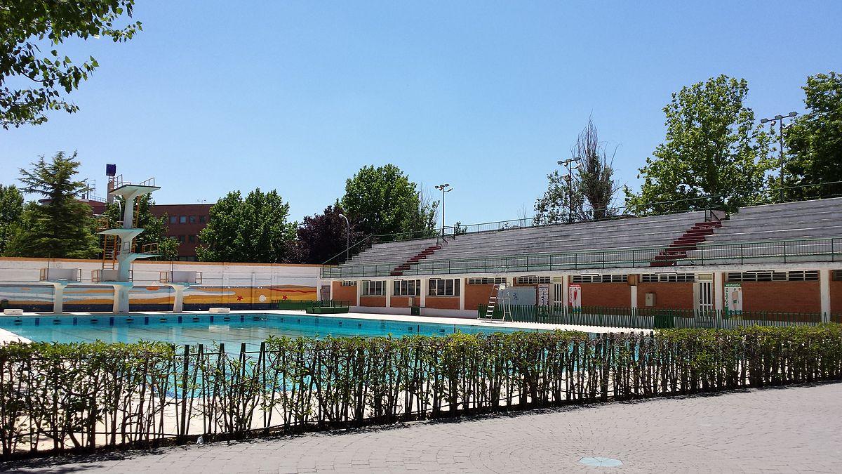 Complejo deportivo carlos belmonte wikipedia la for Piscina municipal albacete