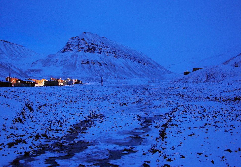 Polar-Night Longyearbyen