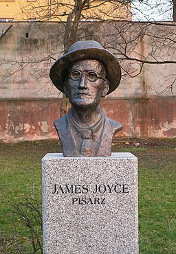 Popiersie James Joyce 01 ssj 20070328