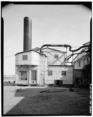 Portland General Electric - Image: Portland General Electric boiler 16 west side Portland Oregon