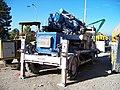 Prašný most, stroj na stříkání betonové směsi.jpg