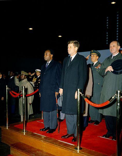 File:President John F. Kennedy Attends Arrival Ceremonies for Osagyefo Dr. Kwame Nkrumah, President of the Republic of Ghana (JFKWHP-KN-C17281).jpg