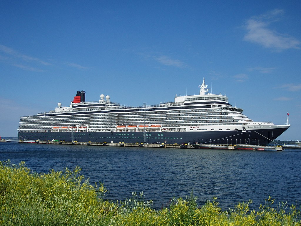 Queen Elizabeth in Tallinn 7 July 2011