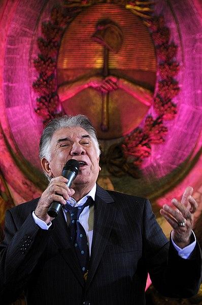 File:Raúl Lavié.jpg