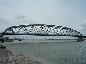 Nijmegen railway bridge - The railway bridge and attached 'Snelbinder' cycle bridge.