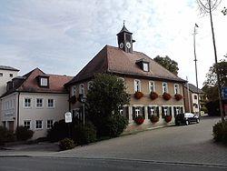 Rathaus Tuchenbach - geo.hlipp.de - 41845.jpg