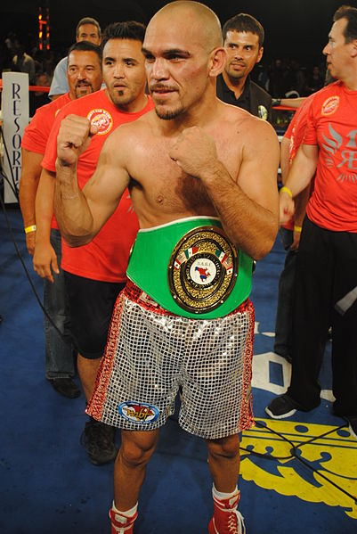 File:Raymundo Beltran wins NABF Lightweight title, July 2012.jpg