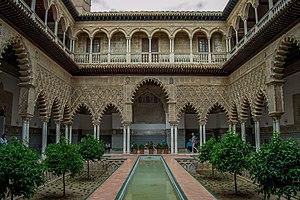 Real Alcázar, Patio de las Doncellas.jpg