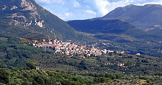 Roscigno - Panoramic view of Roscigno showing also Roscigno Vecchia (below in the right corner)