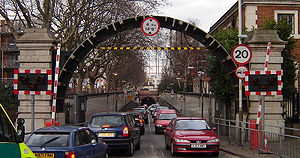 Rotherhithe Tunnel - Image: Rotherhithe tunnel entrance 2