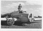 SM.79 dismesso a Bengasi 1943.jpg