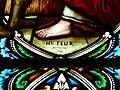 Saint-Martial-de-Nabirat église nef vitrail signature.JPG
