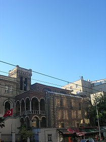 Saint Benoit Istanbul 01.jpg
