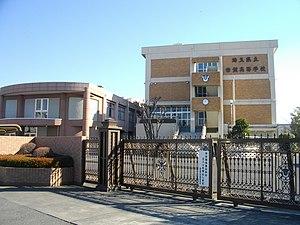 東京都の看護大学 偏差値 - 大学看護NAVI