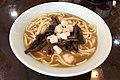 Sautéed eel and prawn noodles at Kuiyuanguan (20190807112912).jpg