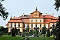 Schloss Jemniste (37744231275).jpg