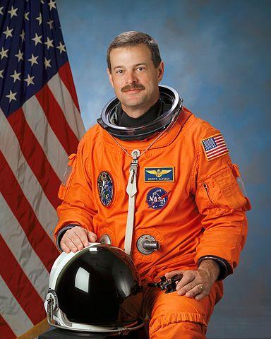 Astronaut Scott D. Altman, NASA photo (5 May 2004)Source: Wikipedia (spaceflight.nasa.gov killed 25 Feb 2021) 384px-Scott_Douglas_Altman.jpg