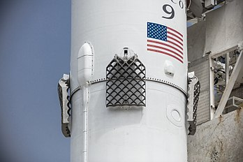 Second-generation titanium grid fins, Iridium-2 Mission (35533873795).jpg