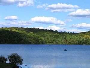Skylands (estate) - Image: Sheperd Lake 2